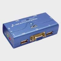 AUTO USB KVM SWITCH